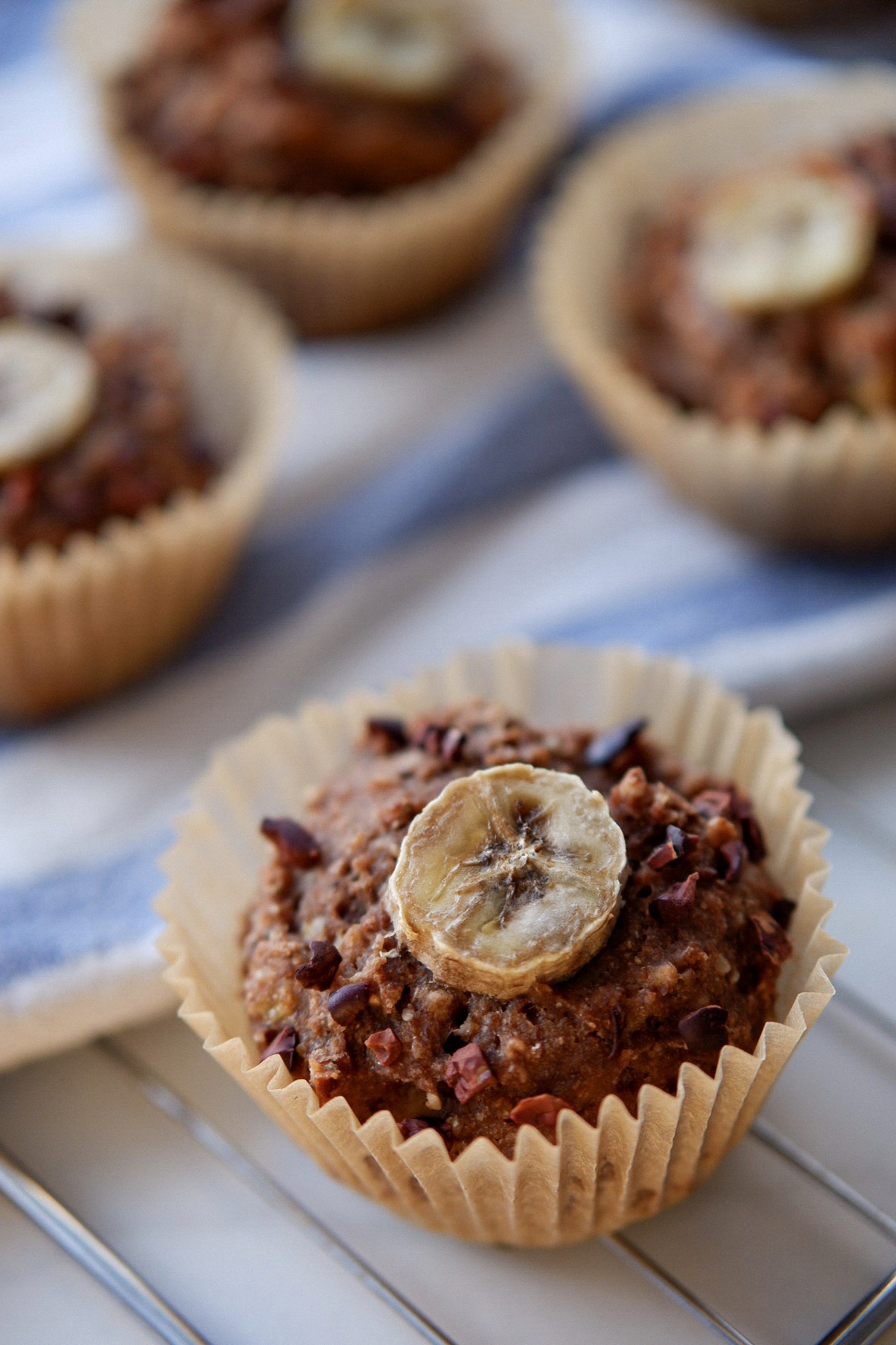 Einfache, schnelle und zuckerfreie Schoko Zitronen Muffins