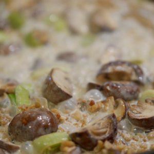Reis-Pilz-Pfanne mit vegan geschnetzeltem