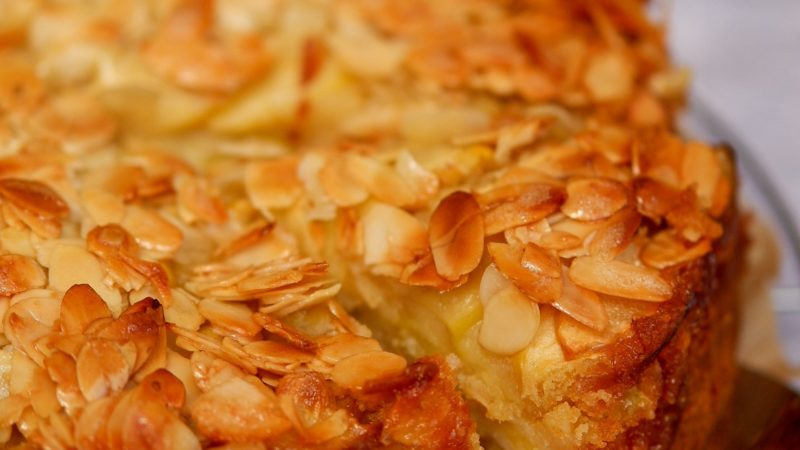 Schneller und einfacher veganer Apfelkuchen